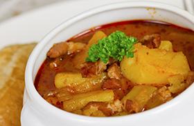 Paprikás krumpli receptje