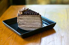 Csokis palacsintatorta recept
