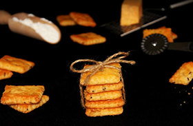 Sajtos-sós keksz