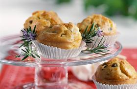 Sajtos muffinok bazsalikommal