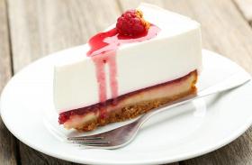 Tejszínes-málnás süti