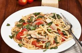 Zöldséges egyedényes spagetti
