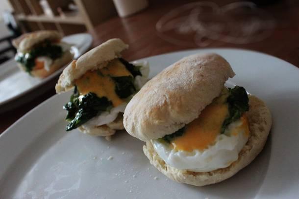 Különleges Eggs Benedict