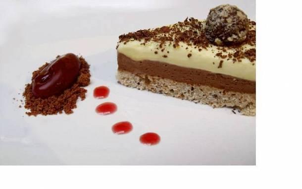 Mousse torta meggysorbet és mogyorótrüffel