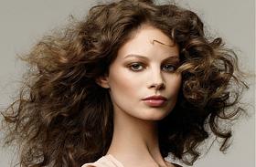 Így lesz kétszer annyi hajad - A legjobb házi hajdúsító trükkök