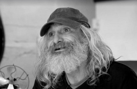 Jose Antonio hajléktalan átalakulás