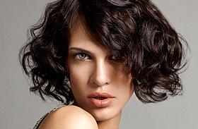 Képek! A legdögösebb 5 perc alatt beszárítható frizurák
