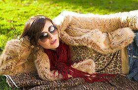 Szőrmés kabátok, mellények, pulóverek - Árakkal és lelőhelyekkel
