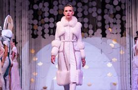 Femina White Caviar ruhák