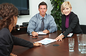 6 elmaradhatatlan teendő, mielőtt állásinterjúra mész - Mit tegyél, hogy sikerrel járj?