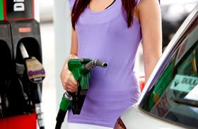 Mennyibe kerül 1 liter benzin?