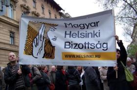 Bocsánatot kell kérnie a Fidesznek