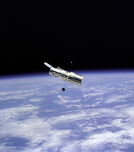 Így lakomázik egy csillag: 15 döbbenetes felvétel a világűrből