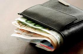 Ekkora a fizetéskülönbség az ország két végében: hol éri meg munkát vállalni?