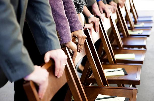 Titkos gyűléseken tartják kezükben a világ sorsát?