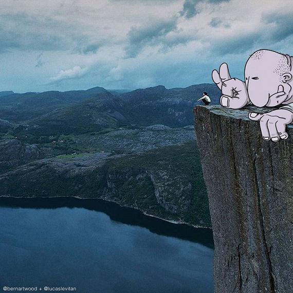 Lucas Levitan a bámulatos kreativitással illusztrált képek sarkában mindig megjelöli az eredeti szerzőt is. Mivel nagyon sokan szerettek volna csatlakozni az akcióhoz, az Instagramon bárki esélyt kaphat: a rajzművész az #iwanttobeinvaded hashtaggel jelölt képek közül válogat.