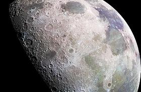 Hold fotók