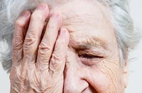 Idős néni képek
