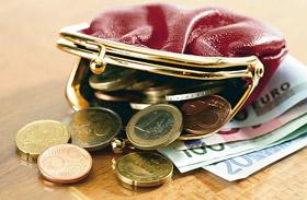Így alakulnak a realbérek jövőre: ennyit ér majd a fizetésed