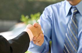 Így szerezhetsz jól fizető állást külföldön! - Biztos módszerek a profiktól
