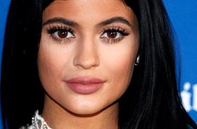 Kylie Jenner Photoshop
