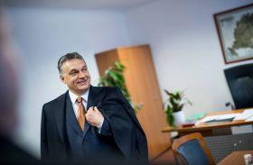 Orbán Viktor Brüsszelbe utazott