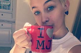 Paris Jackson és Miley Cyrus