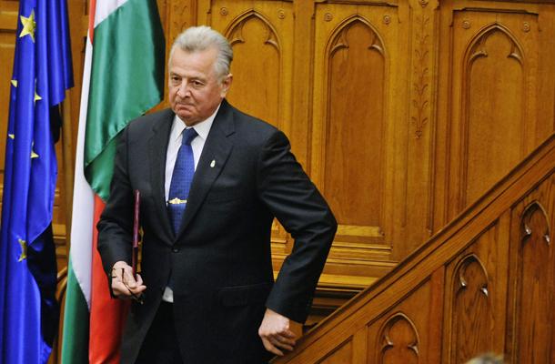 Schmitt Pál közvetlenül a lemondása után, MTI Fotó: Beliczay László