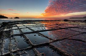 Ahol szó szerint darabokra hullik a föld: elképesztő látvány a Tessellated Pavement