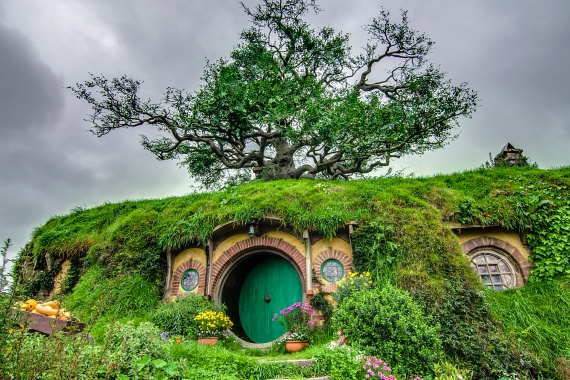 http://static.femina.hu/utazas/hobbiton-falu/hobbiton_1.jpg