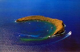 Képeken a 8 legpusztítóbb víz alatti vulkán: izzik körülöttük minden