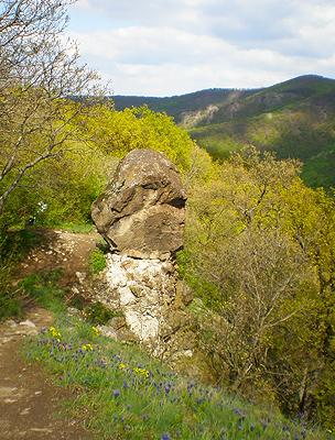 Ferenczy-szikla a Rám-hegyen