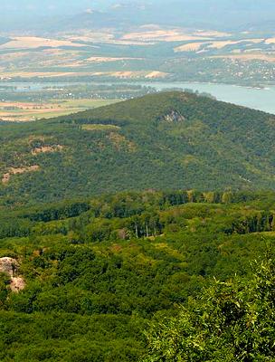 Kilátás a Dunára a Pilisből