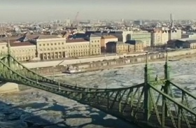 Zajló Duna BBC