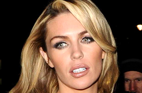 Abbey Clancy villantás