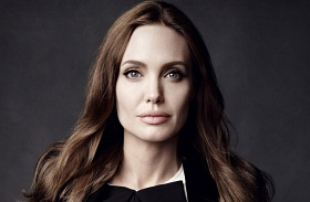 Angelina Jolie költözés