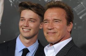 Patrick Schwarzenegger kigyúrta magát
