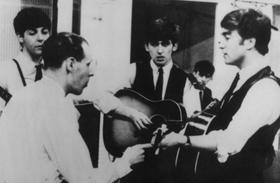 Beatles producere meghalt