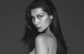 Bella Hadid meztelen Vogue