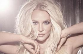 Britney Spears topless fotó Instagram