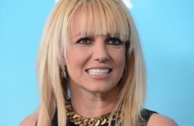Britney színpadi bakijai