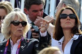 Camilla hercegné egy pohár bor után