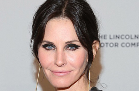 Courteney Cox smink bakija