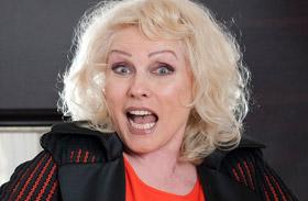 Debbie Harry részeg
