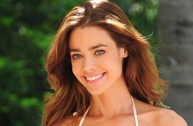 Denise Richards plasztika