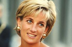 Diana hercegnő 54 éves lenne ma bikinis fotók