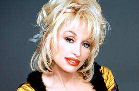 Dolly Parton férje 50 éve bújkál