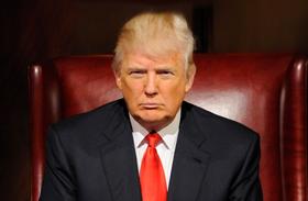 Donald Trump sírkő