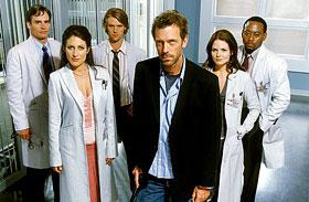 Így néznek ki a Dr. House sorozat szinkronhangjai