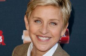 Ellen DeGeneres sír Medal of Freedom
